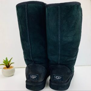 UGG Classic Tall Shearling Boot